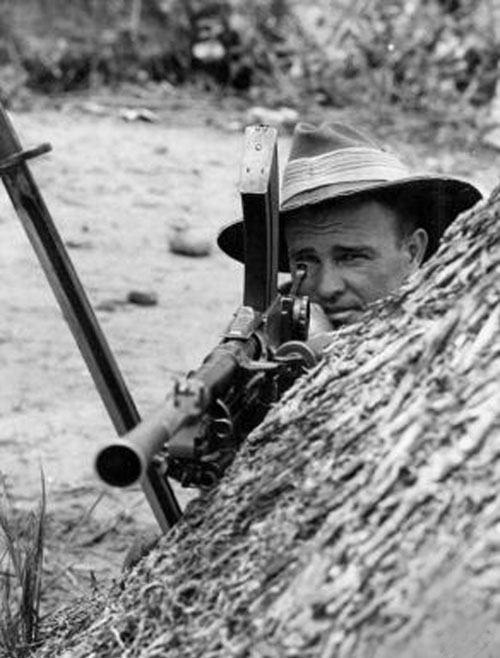 notes on end ww2 australia Album – view my japanese occupation of the philippines ww2 album general macarthur's allied forces launched an attack from australia by the end of the.